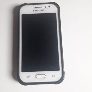 Samsung Galaxy J1 Ace.