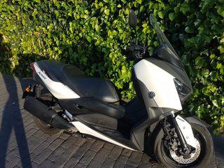Yamaha X max 300 ABS blanca