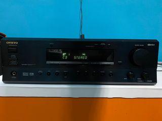 Amplificador Onkyo TX-DS494 acepto cambio