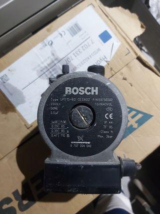 Bomba BOSCH GRUNDFOS type UPS15-60 CESA02