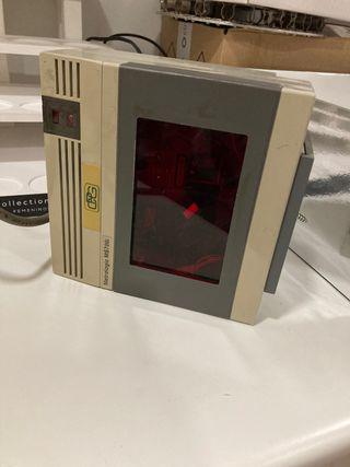 Escáner metrologic MS700i