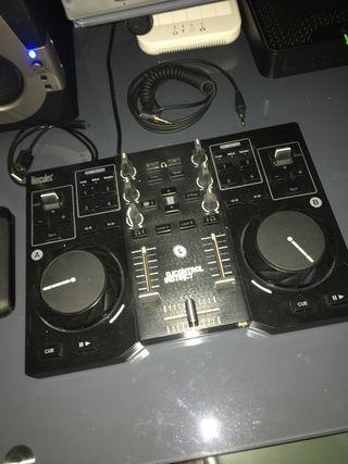 Se vende controladora HERCULES DJ INSTINCT