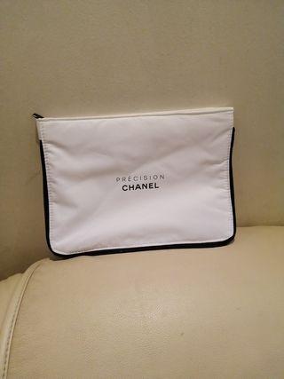 CHANEL bolso para cosméticos. ORIGINAL