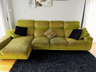 sofá con chaiselonge