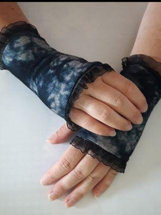 guantes de tela y tul estilo gótico cortos