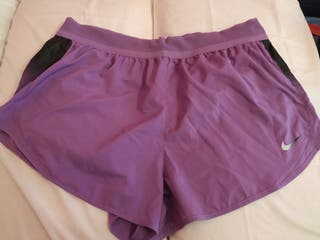 short Nike lila XL