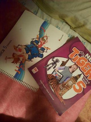 libro de inlges y de musica 5 de primaria