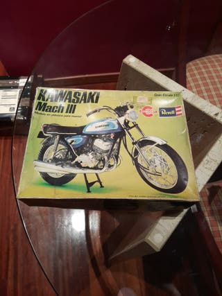 maqueta moto kawasaki mach III