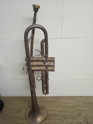 trompeta antigua