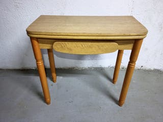 mesa de madera extensible con cajón