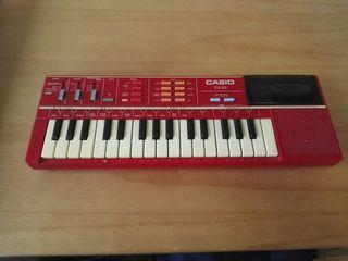 órgano casio PT82. tipo piano de juguete.