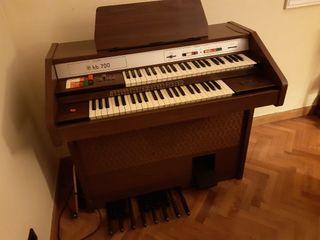 Organo Electrónico Siel HB 700