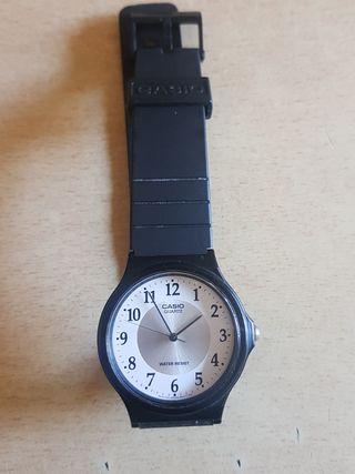 reloj casio modelo 1330 MQ-24