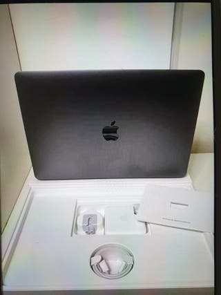 I am selling his Apple Mac lap