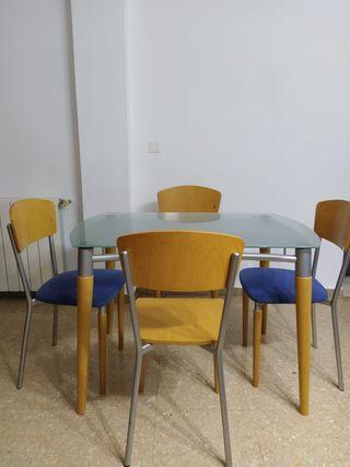 Conjunto mesa cocina y sillas