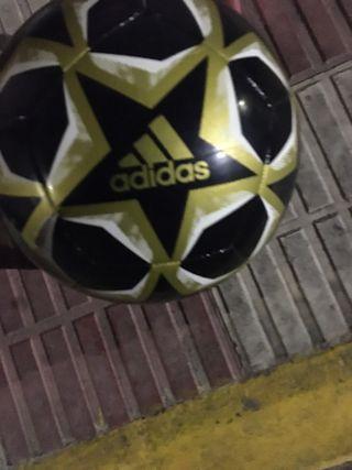 Balon Adidas nuevo