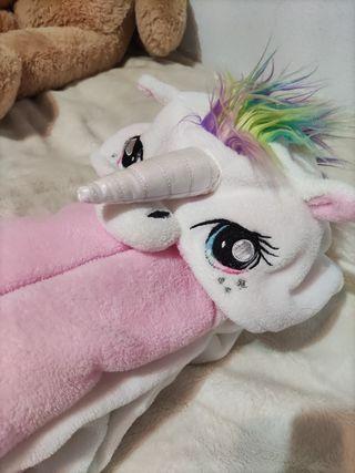 Pijama mono de unicornio