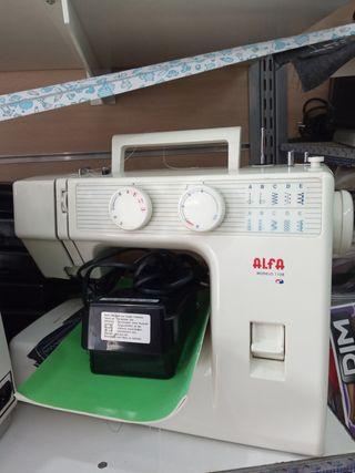 OCASIÓN Máquina de coser Alfa