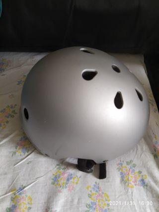 casco roller oxelo play 5