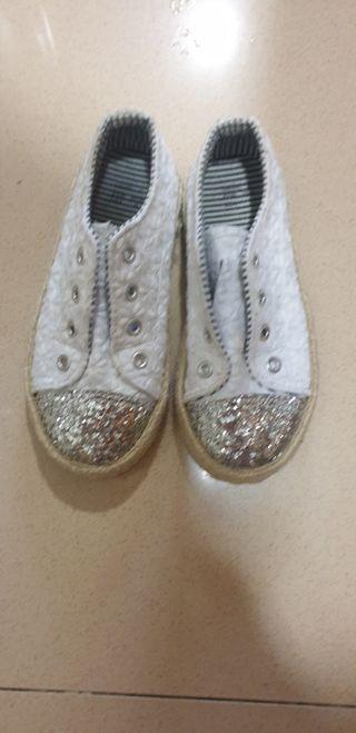 zapatillas N° 25