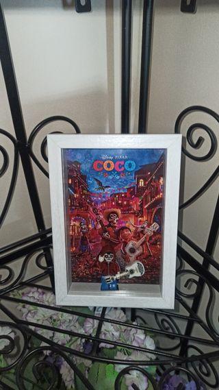 Cuadro vitrina Coco Disney Pixar nuevo