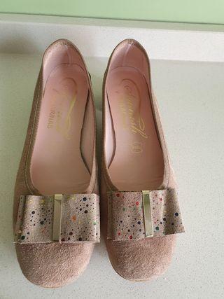 Zapatos de ante beige