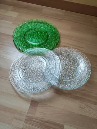juego de platos de cristal