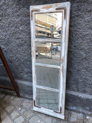 Espejo vintage de una ventana balconera (grande)
