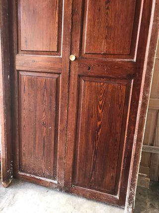 Puestas de doble hoja de madera de Norte viejo