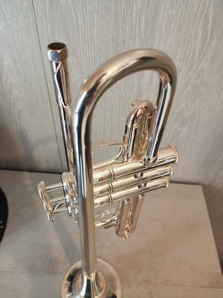 trompeta bach stradivarius 239 en Do