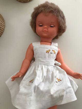 Muñeca años 50-60