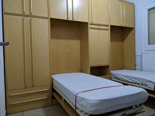 Mueble habitación con camas y escritorio abatibles