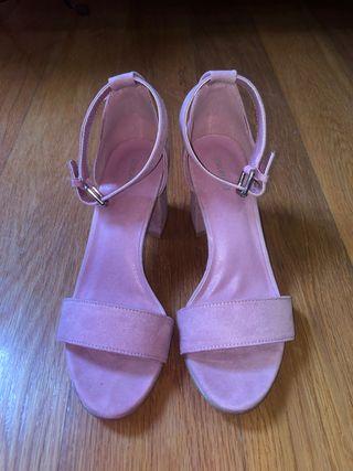 Sandalias/ zapatos al tobillo tacón cuadrado