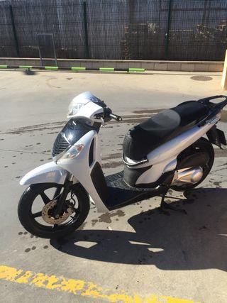Honda Scoopy 125