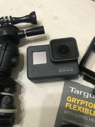 GoPro Hero5 black + Tripode
