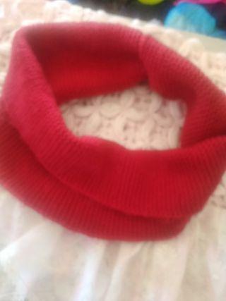 Un bufanda rojo
