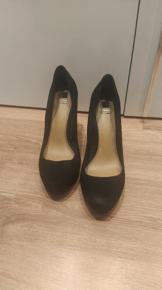 zapatos tacón pull &bear