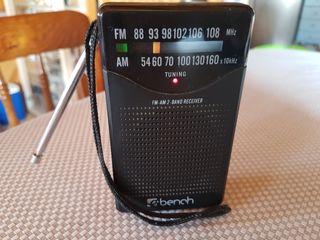 Radio de bolsillo Bench