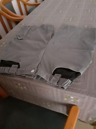 pantalon corto de trabajo