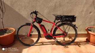 bicicleta cube hibrida