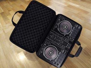 DJ Pioneer DDJ-RB + altavoces Creative + funda