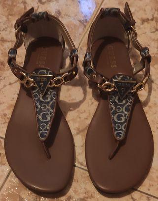 Chanclas, sandalias Guess 1 solo uso talla 39!!