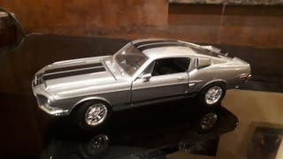 Ford Mustang Shelby GT500 1/18
