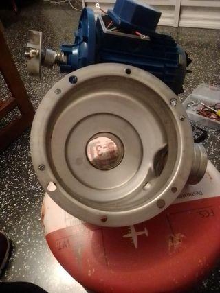 bomba de agua ebara trifásica 230/400V