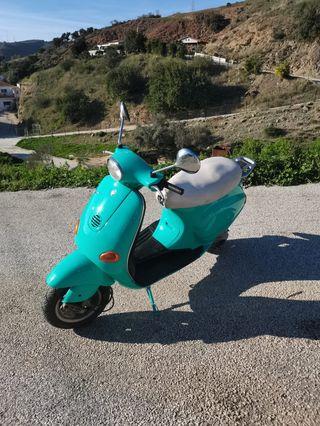 Vespa Piaggio 500€