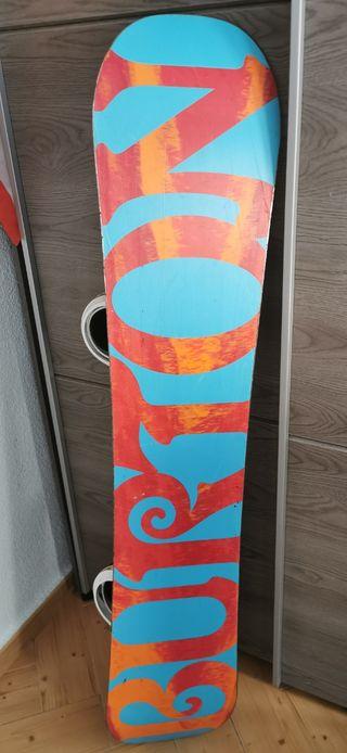 Tabla con fijaciones snowboard