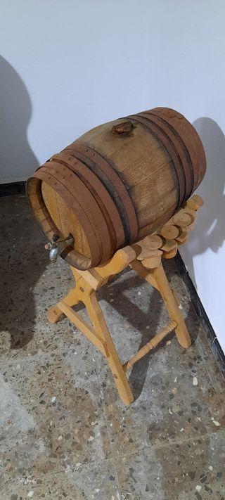 barrica pequeña vino