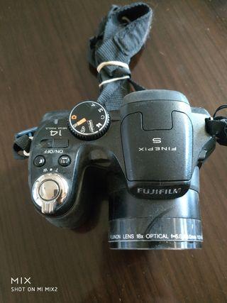 Cámara Compacta Bridge - Fujifilm Finepix S2950