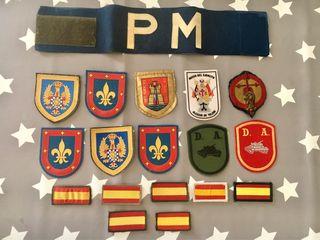 Escudos parches militares