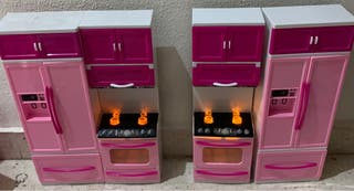 Cocina para Barbie o muñecas similar